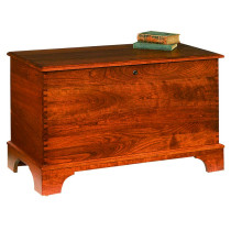 Savannah Deep Storage Chest w/ Shaker Foot - Cherry