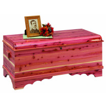 Summerfield Medium Waterfall Cedar Chest